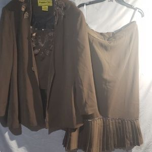 psalms civ Other - Brown 3pc skirt suit with detachable piece